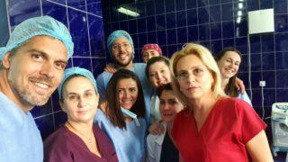Impreuna cu o parte din echipa sectiei Chirurgie Plastica a S.U.U.B. (Municipal)